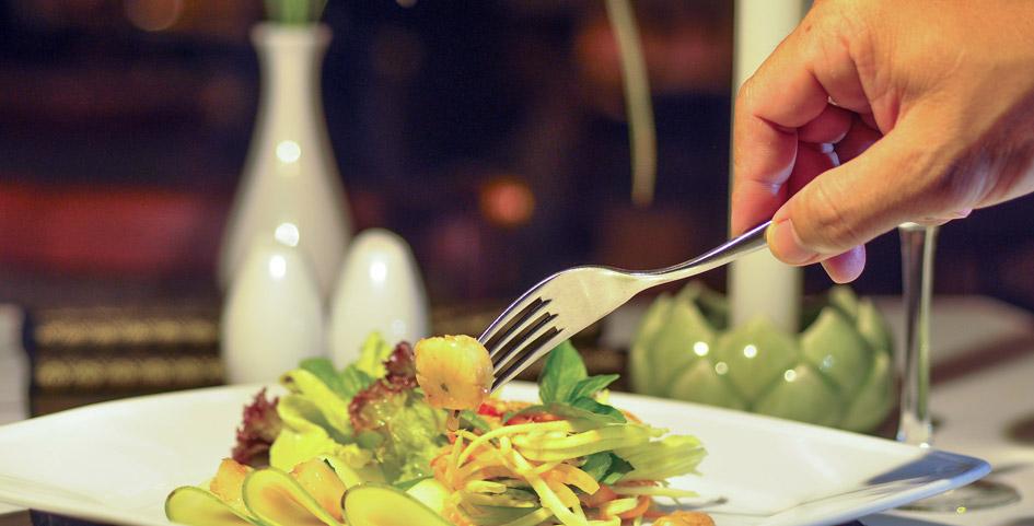 <p>Le-Blanc-Restaurant-Indoor-Dining</p>
